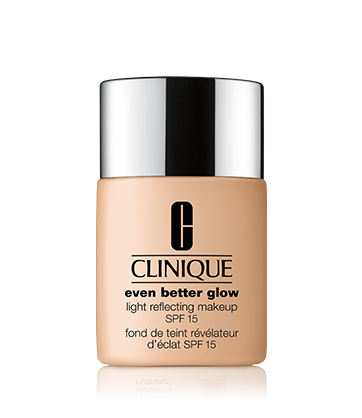 Even Better™ Glow Light Reflecting Makeup SPF 15